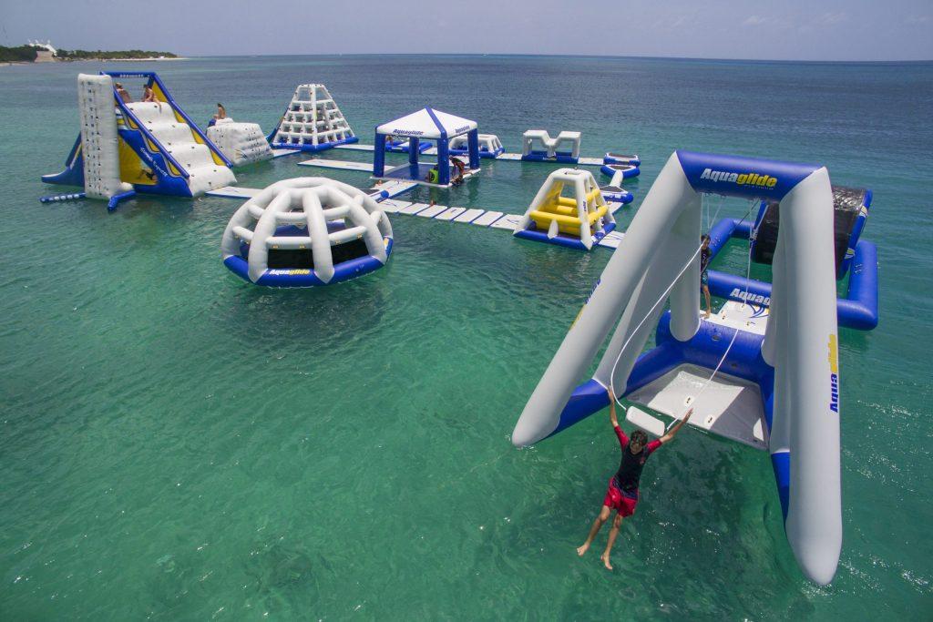 Aquapark action lifestyle 1 scaled e1626526218383